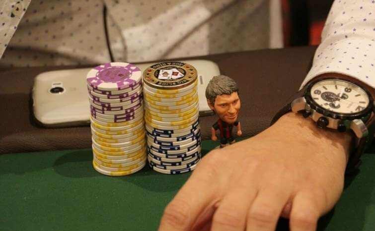 Amuleto poker