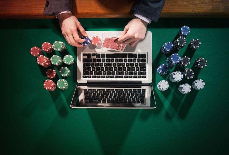 computadora poker